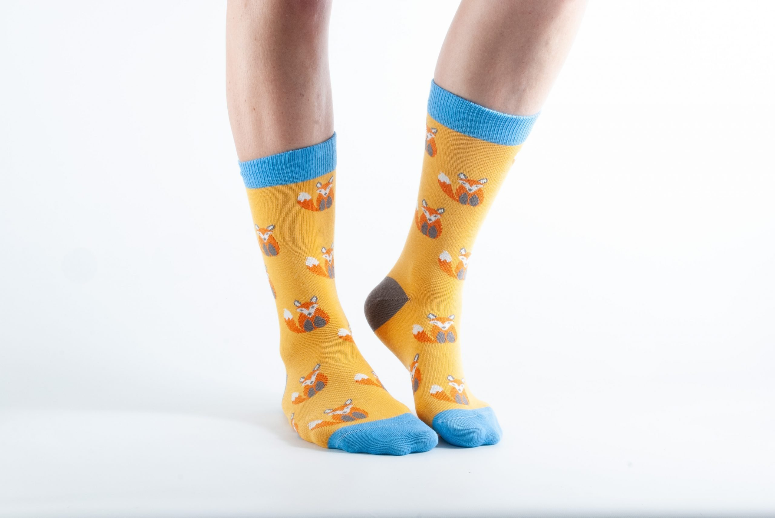 Womens Fox bamboo socks - yellow and blue