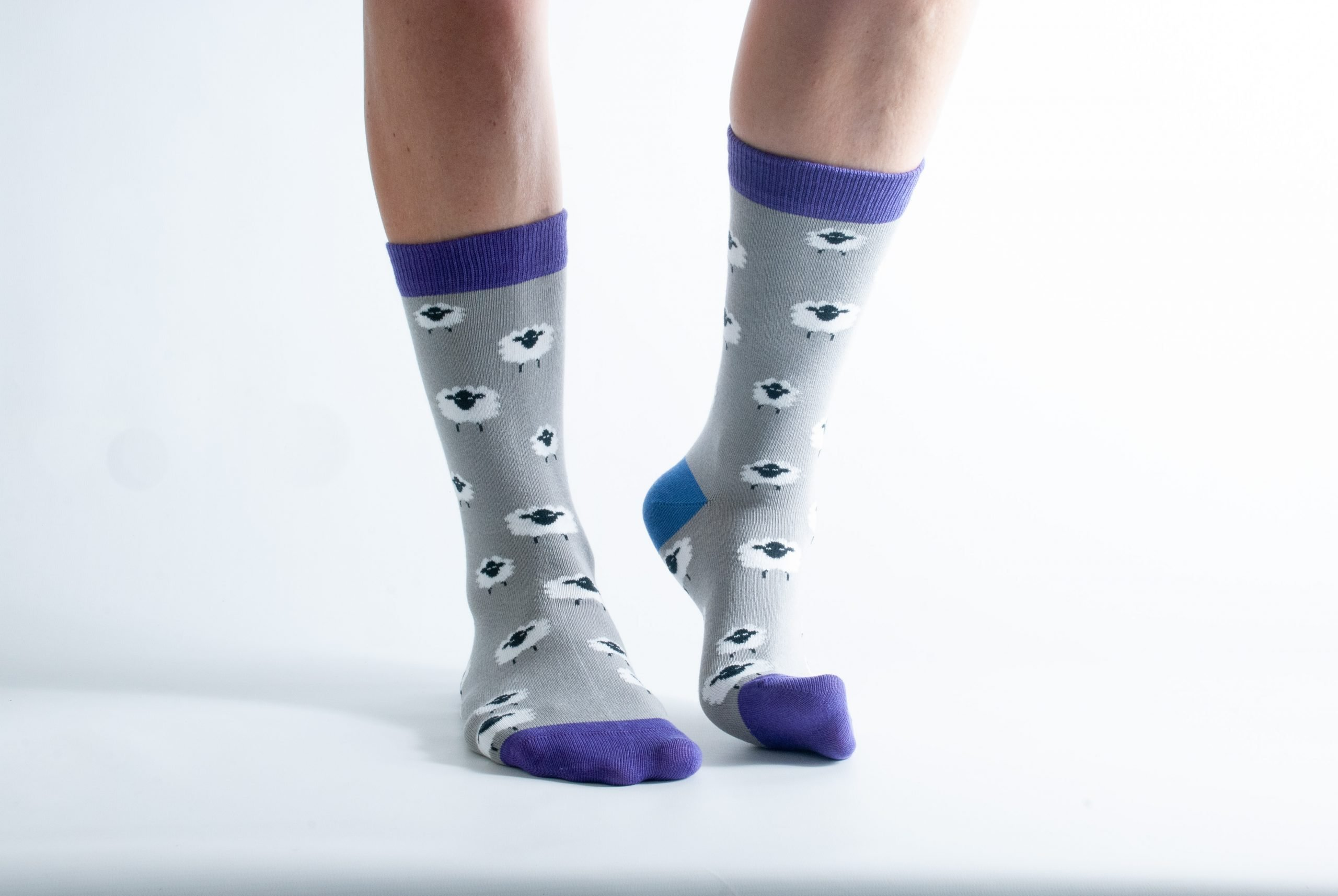 Womens Sheep bamboo socks - grey and purple