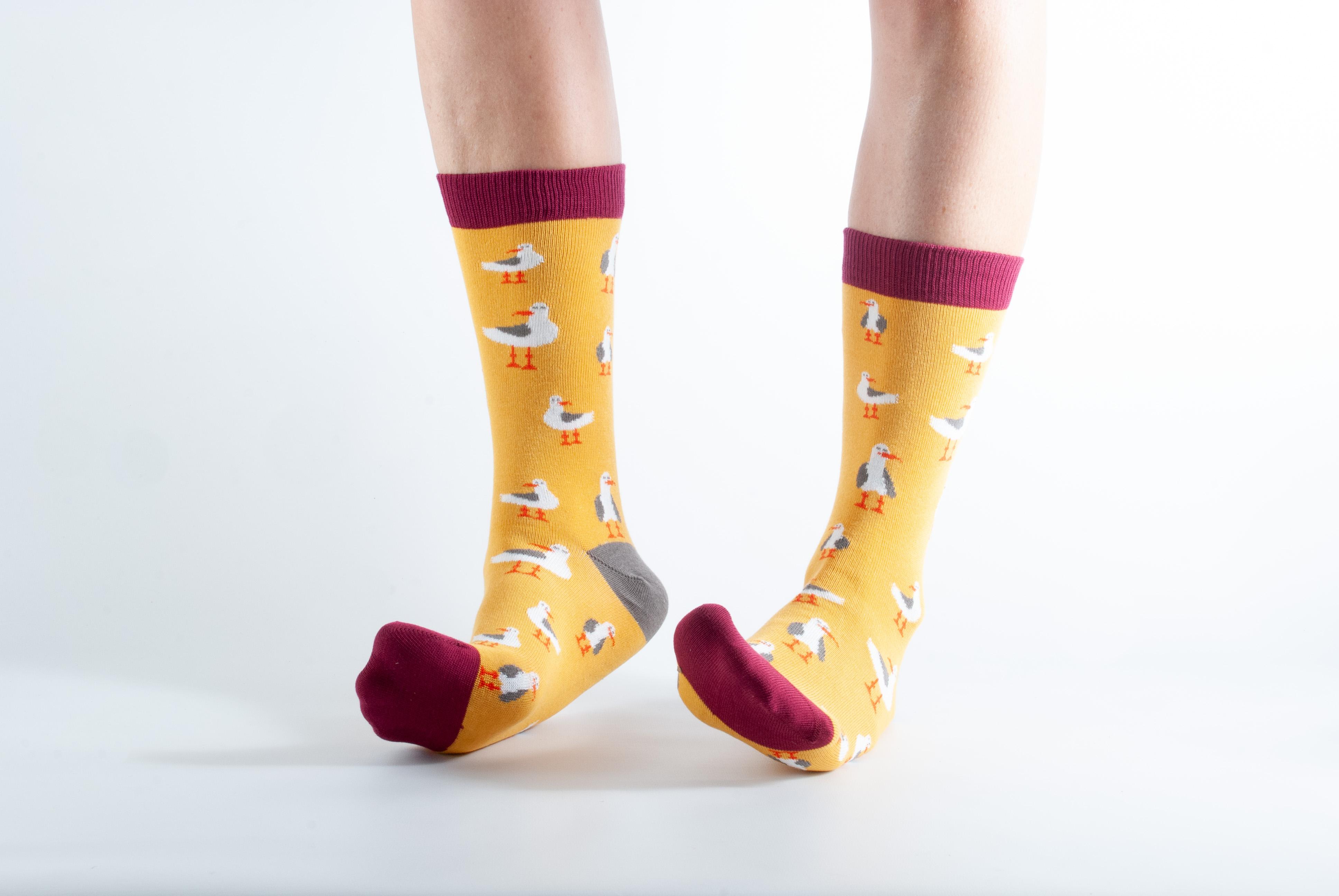 Womens Seagull bamboo socks - yellow and maroon